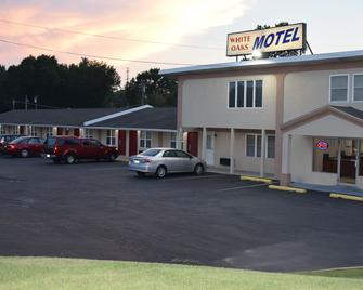 White Oaks Motel Pennsville/Carneys Point - Pennsville - Building