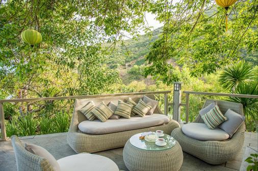 Mia Resort Nha Trang - Nha Trang - Balcony