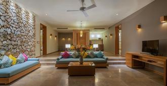 Mia Resort Nha Trang - Να Τρανγκ - Σαλόνι