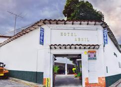 Hotel Abril - San Gil - Edifício