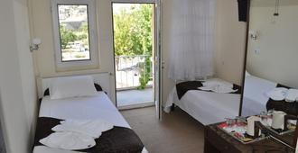 森特拉石樓旅館 - 格雷梅 - 臥室