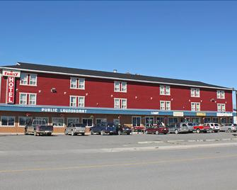 Stop In Family Hotel - Whitehorse - Building