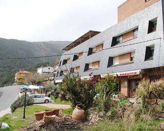 Hotel Barbacedo - Mijares - Building