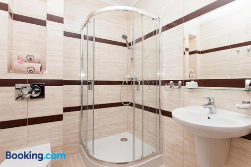 Hotel Robert's Port - Mikołajki - Bathroom