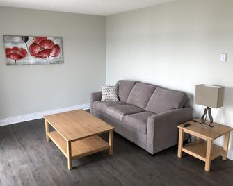 The Shores Of Deer Lake - South River - Living room