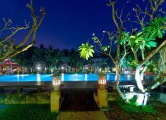 Royal Angkor Resort & Spa - Siem Reap - Pool
