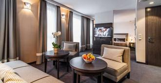 Airport Hotel Okęcie - Warsaw - Living room