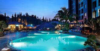 Hotel Kristal - South Jakarta - Piscina
