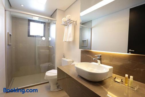 Oasis Plaza - Ribeirão Preto - Bathroom