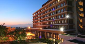 Kanazawa Kokusai Hotel - Kanazawa - Rakennus