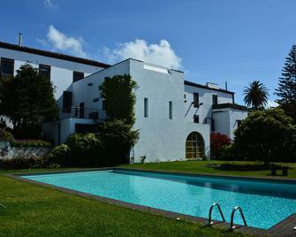 Convento de São Francisco - Vila Franca do Campo - Pool