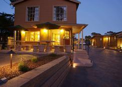 Sunset Inn - Pacific Grove - Toà nhà