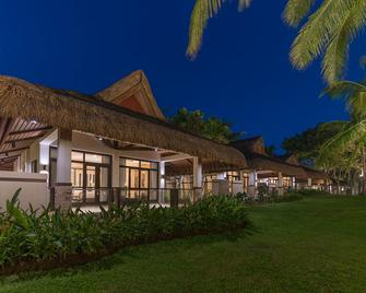 Henann Resort Alona Beach - Panglao - Building
