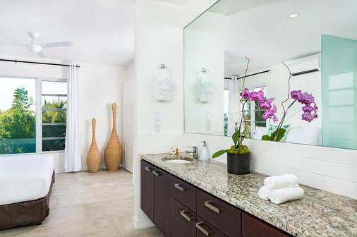 The Oasis at Grace Bay - Providenciales - Bathroom