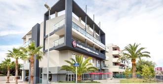 Best Western Plus Antibes Riviera - Antibes - Toà nhà