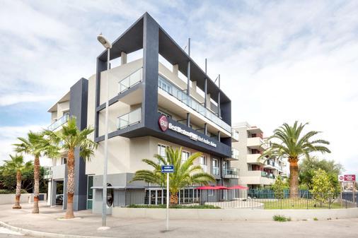 安提伯萊維拉貝斯特韋斯特優質酒店 - 安提伯 - 建築