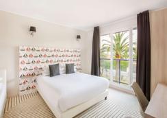 安提伯萊維拉貝斯特韋斯特優質酒店 - 安提伯 - 臥室