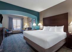 La Quinta Inn & Suites by Wyndham Columbus West - Hilliard - Columbus - Bedroom