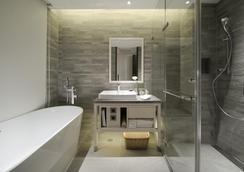 Riverview Suites Taipei - Taipei - Bathroom