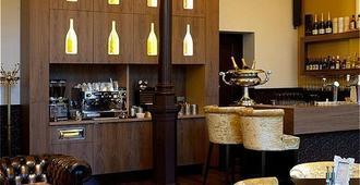 Suite Hotel Pincoffs Rotterdam - Rotterdam - Bar