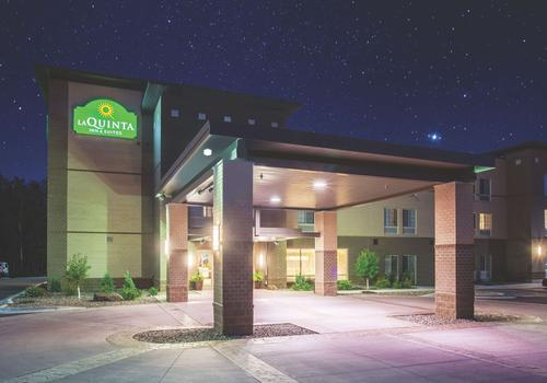 16 Best Hotels In Duluth Hotels From 72 Night Kayak