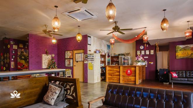 探險家旅館 - 吉隆坡 - 櫃檯