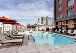 Cambria Hotel Nashville Downtown - Νάσβιλ - Πισίνα