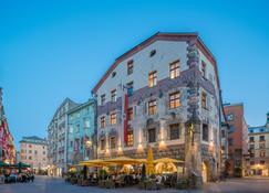 Best Western PLUS Hotel Goldener Adler - Innsbruck - Building