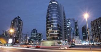 Citadines Metro Central Dubai - Dubai - Outdoor view