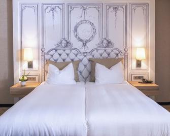 Van der Valk Hotel A4 Schiphol - Hoofddorp - Bedroom