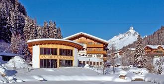 Landhotel Alpenhof - Filzmoos - Building