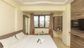 Hotel Midtown Andheri - Mumbai - Bedroom