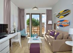 Radisson Blu Resort Taghazout Bay Surf Village - Taghazout - Living room