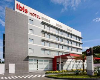 ibis Manaus Aeroporto - Manaus - Building