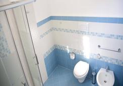 Arcipelago - Trapani - Bathroom