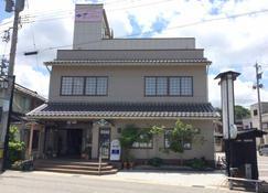 Hanagoyomi - Nanao - Building