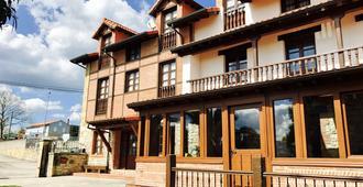卡巴納德薩蒙旅館 - 桑提亞納德瑪 - 建築