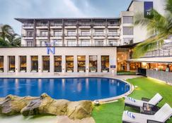 Novotel Goa Shrem Resort - Candolim