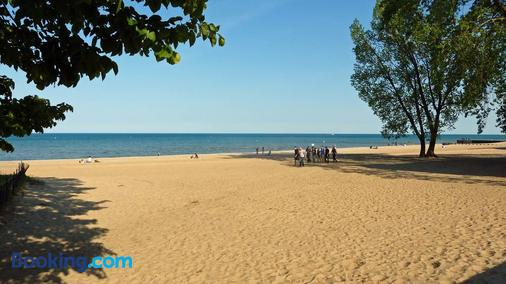 Farwell dream - Chicago - Beach