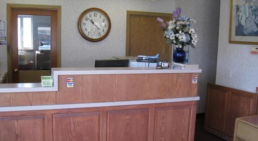 Crown Inn - Seattle - Front desk