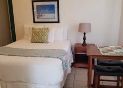 Patriots Boutique Motel - San Clemente - Bedroom