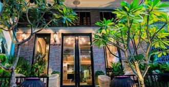 Vacation Boutique Hotel - Phnom Penh - Building