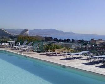 Inter Hotel Sea Side Park - Villeneuve-Loubet - Pool