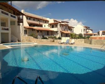 Creta Suites - Koutsounára - Pool