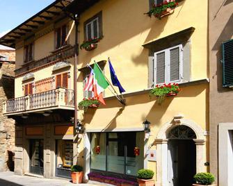Baldovino di Monte - Monte San Savino - Building