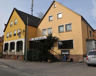 Hotel Gasthof Ratstube - Kirchheim unter Teck - Building