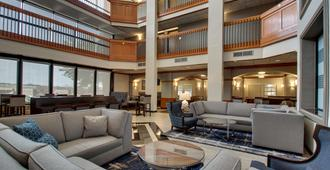Drury Inn & Suites San Antonio Northwest Medical Center - סן אנטוניו - טרקלין