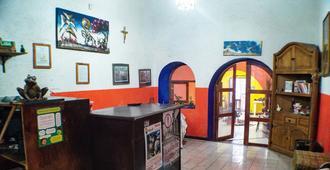 Hostel Gto - Guanajuato - Receção