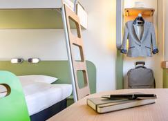 ibis budget Courbevoie Paris la Defense 1 - Courbevoie - Bedroom