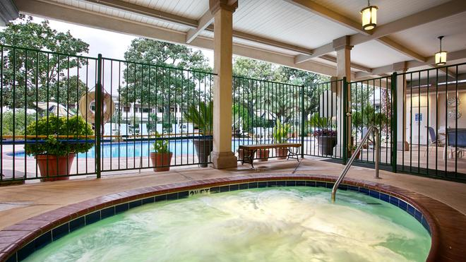 Best Western Plus Black Oak - Paso Robles - Pool